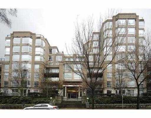 813 500 w 10th av vancouver bc v5z 4p1 vancouver for Two bedroom apartment vancouver
