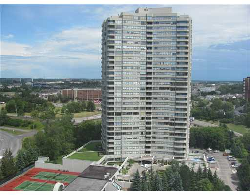 3 Bedroom Apartment  in 1480 Riverside Dr, Suite 1201 OTTAWA, ON   K1G 5H2