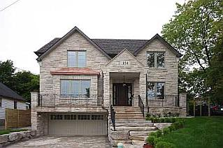 4 Bedroom House  in 154 HARLANDALE AVE Toronto, ON   M2N 1P4