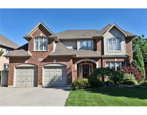 4 Bedroom House  in 527 CALDER Street  ANCASTER, ON   L9G 4V1