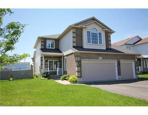 4 Bedroom House  in 788 Valin St Ottawa, ON   K4A 4L1